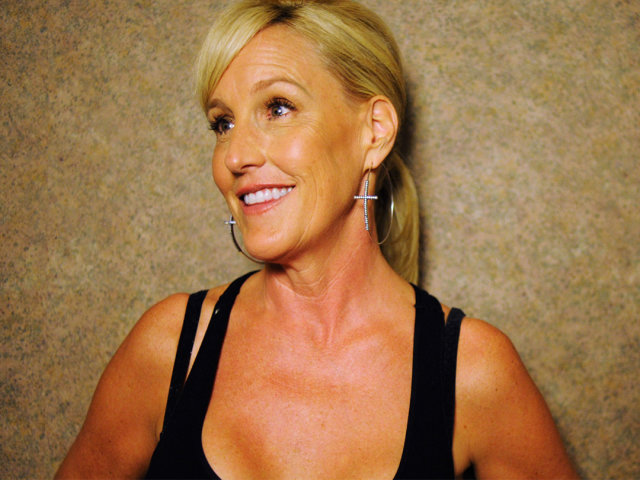 essays on erin brockovich Free essay: film review: erin brockovich this film was based on a true story of an unemployed single mother, erin brockovich, who is just trying to get by.